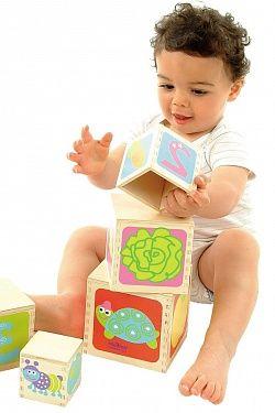 Что должен уметь ребенок с 6 до 9 месяцев