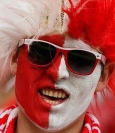 Что подарить футбольному фанату?