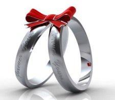 Что подарить на 25 лет свадьбы?