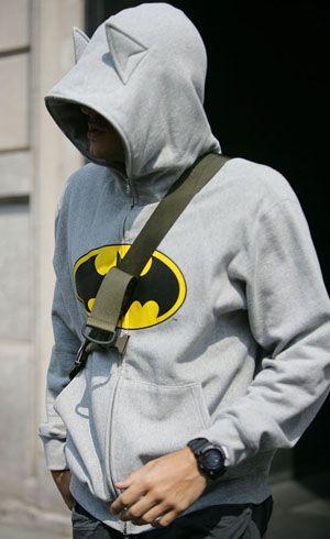Джон Майер в образе Бэтмена
