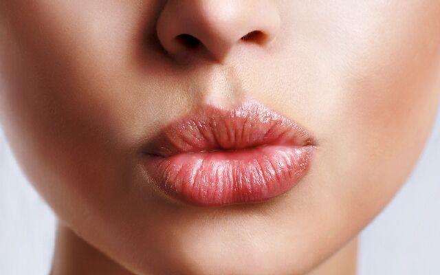 Как бороться с заедами: обеспечь здоровье своим губам