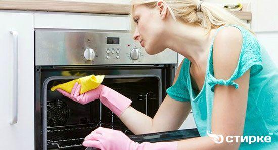 Как быстро и просто отмыть духовой шкаф от жира