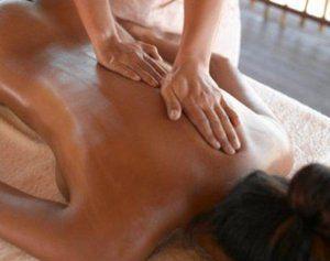 Как делать массаж против целлюлита?