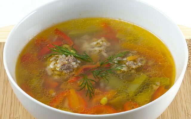 Как готовить суп с фрикадельками: аппетитный и наваристый