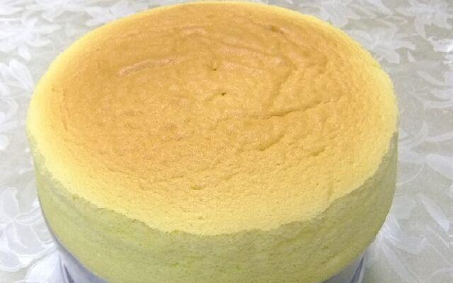 Как приготовить бисквит в домашних условиях: нежный и пышный