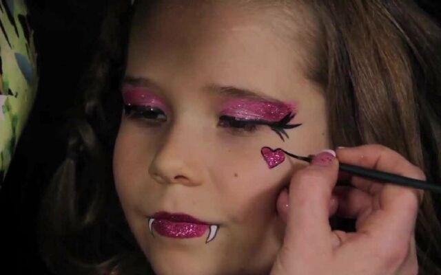 Как сделать макияж Монстр Хай: как в любимом мультике