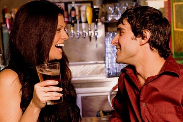 Какие вопросы можно задать парню на первом свидании чтобы вызвать у него интерес?