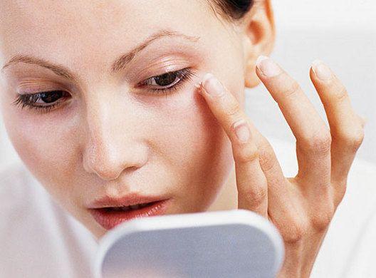 Круги под глазами: как избавиться и обрести былую свежесть?