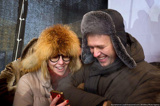 Леша Навальный, Ксюша Собчак, Госдеп и бутылки с зажигательной смесью