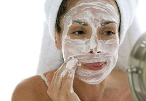 Лучшие народные и домашние очищающие маски для кожи лица