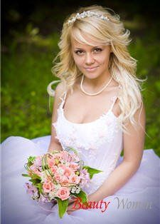 Материалы для свадебного наряда. Цветовая гамма. Ткани – фактура и цвет. Традиционная отделка наряда невесты. Украшения свадебного наряда