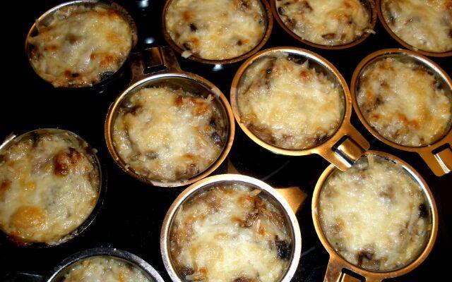 Жульен из курицы с грибами: тонкости готовки